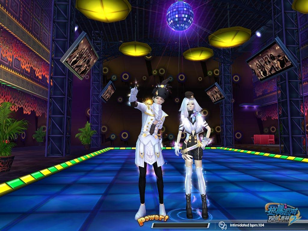 摩羯座的狂欢 《热舞派对Ⅱ》摩羯座炫丽情侣装上架
